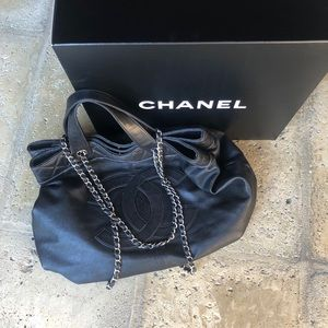 CHANEL Bags - Authentic black Chanel tote bag